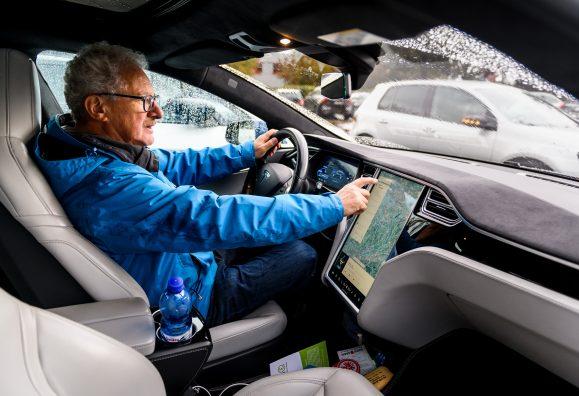 Probefahrten beim Elektromobilitätstag in Bochum mit Unterstützung von den Klingenstromern Bild: Olaf Ziegler